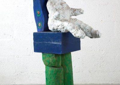 אשה על כס טווס, 1996, ברונזה ועץ