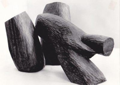 דמות שוכבת, 1960 עץ אלון