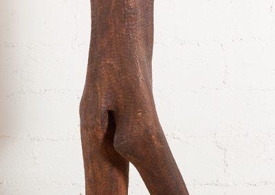 דמות צועדת, 1962, עץ מהגוני