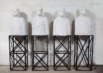 עדים, 1989, מיצב, ברזל ותחבושות גבס
