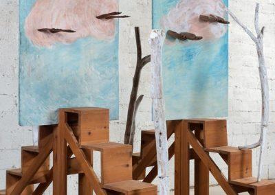 סולמות שמימיים, 2000, עץ, ענפים וציור